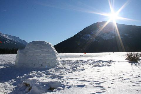 Igloo in Banff Lake, Canada