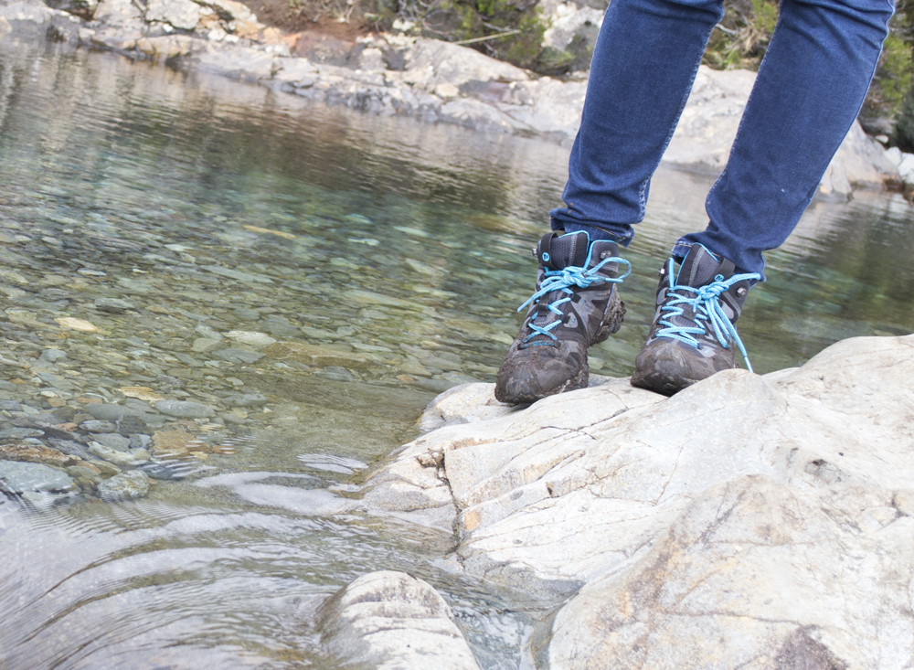 boots5new Merrell Grassbow Mid Sport Review