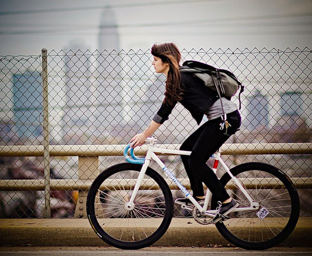How to: commute on a bike – a guide to urban cycling