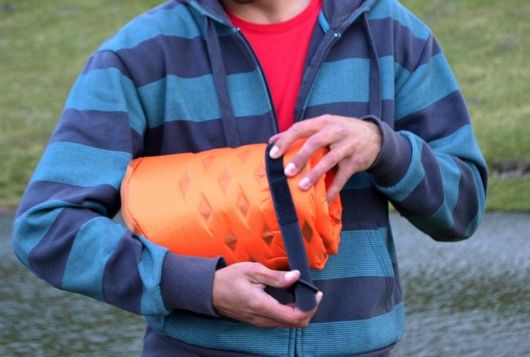 Mountain Warehouse self inflating mat review | Utimate camping mat