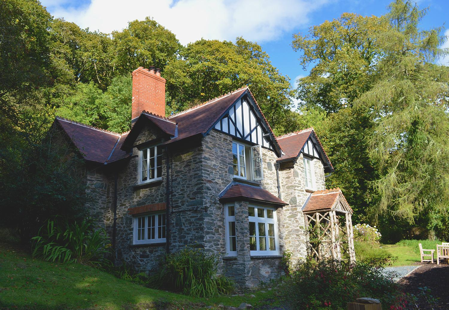 Review National Trust Combe Park Lodge