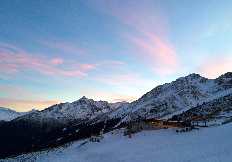 Skiing Hochsolden