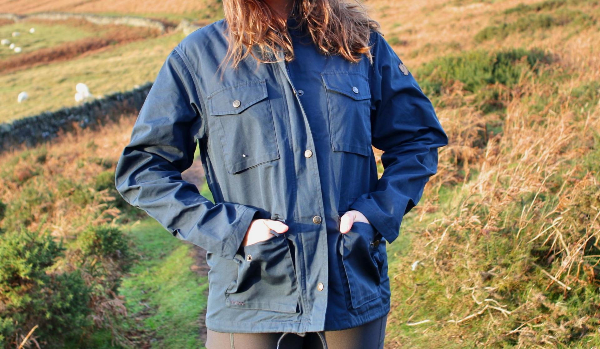 Review Fjallraven Raven jacket